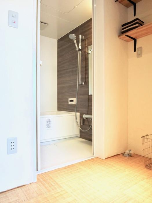 きれいなサニタリールーム。古民家風戸建てリノベーション。BB Style~SAKIGAKE~0