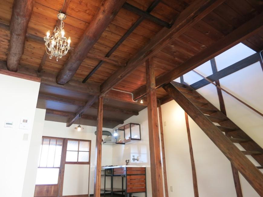 16帖LDK。和の天井・梁・柱が渋い!古民家風戸建てリノベーション。BB Style~SAKIGAKE~1