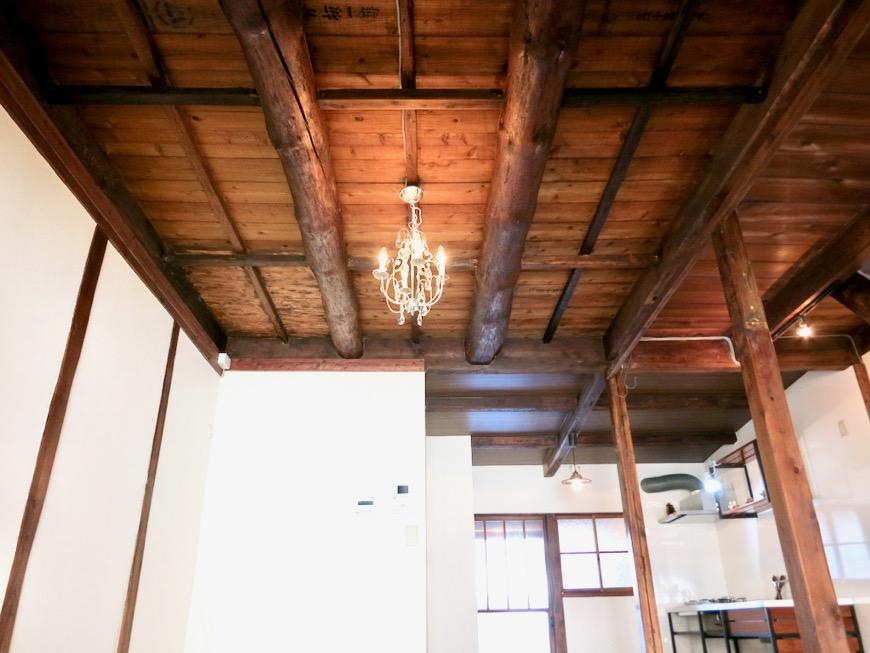 16帖LDK。和の天井・梁・柱が渋い!古民家風戸建てリノベーション。BB Style~SAKIGAKE~0