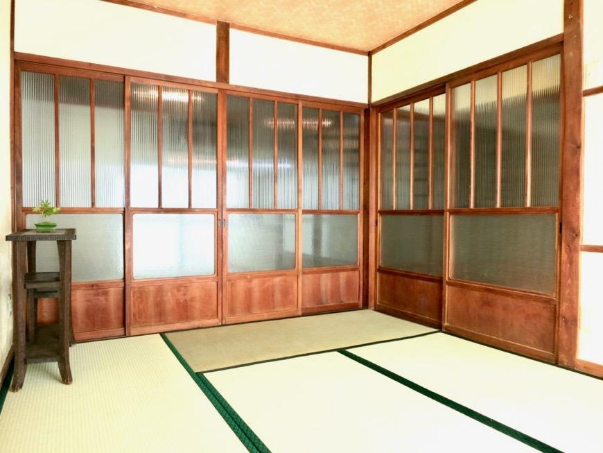 和室。丸窓・漆喰・畳・6帖 古民家風戸建てリノベーション。BB Style~SAKIGAKE~7
