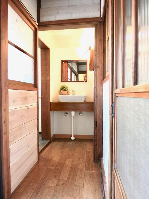 水回りがある奥の廊下も不是たっぷり。古民家風戸建てリノベーション。BB Style~SAKIGAKE~1