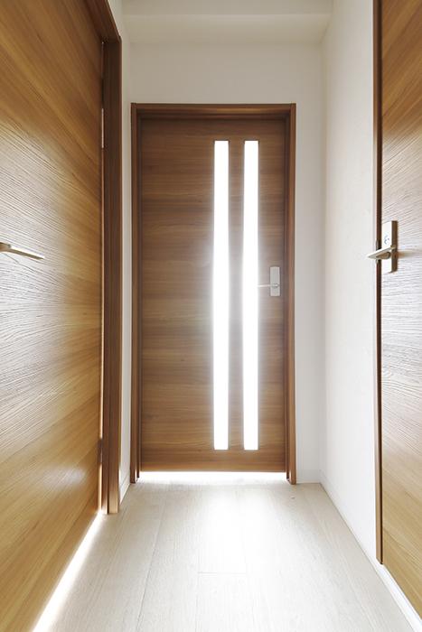 【おがわビル】301号室_廊下_MG_3211