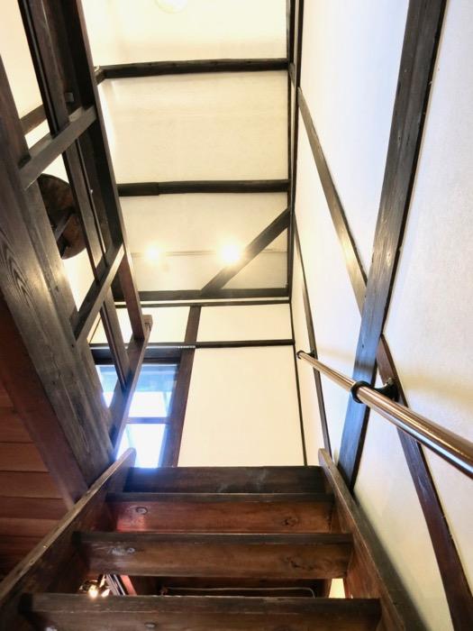 階段。和の雰囲気満載。古民家風戸建てリノベーション。BB Style~SAKIGAKE~3