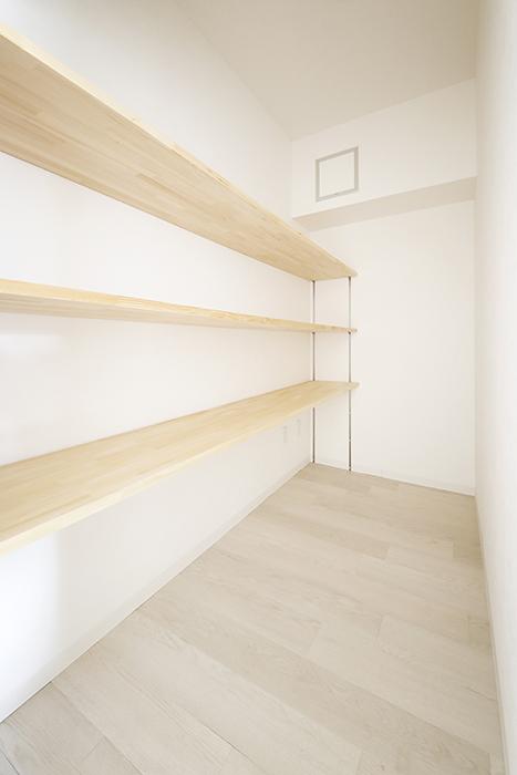 【おがわビル】301号室_LDK_ウォークインクローゼット_MG_3404
