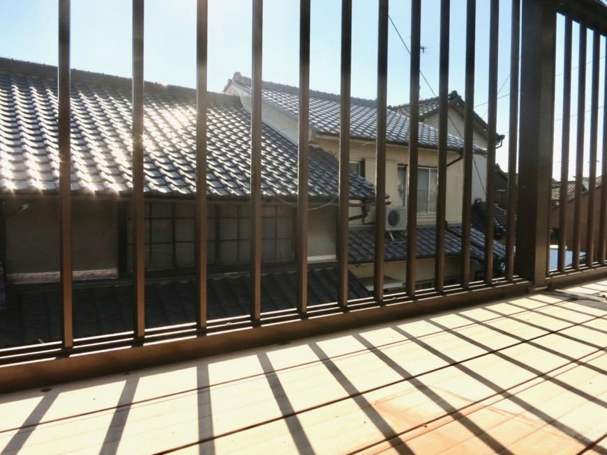 2階。縁側のようなバルコニー。古民家風戸建てリノベーション。BB Style~SAKIGAKE~1