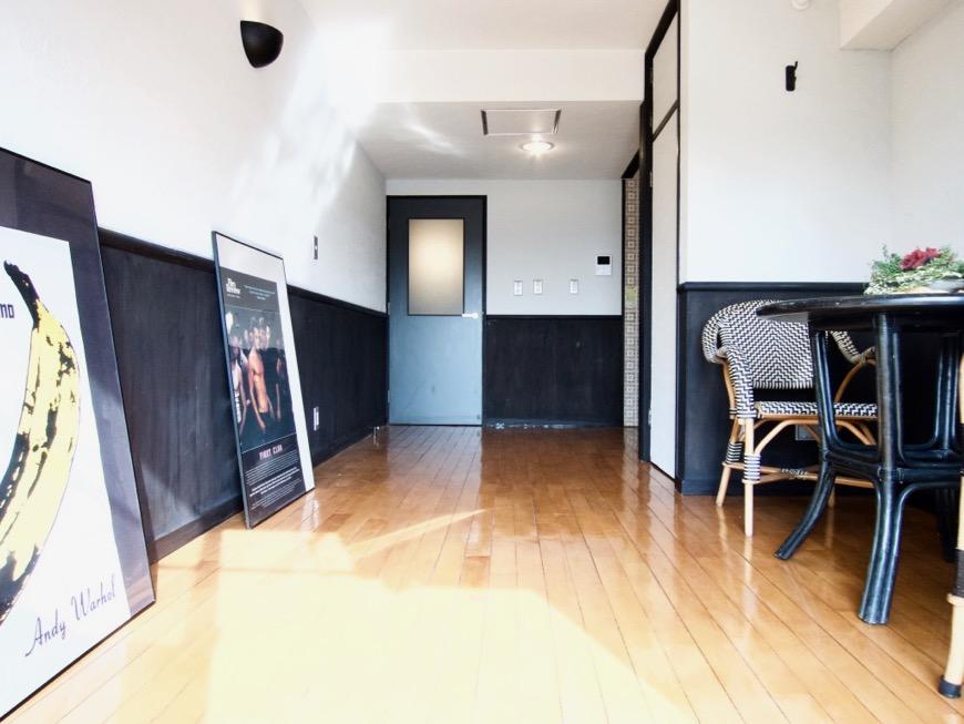 洋室8帖 モノトーンが美しい70年代ノスタルジックなお部屋。Ma Chambre Fuji 406号室13