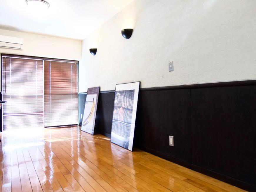 洋室8帖 モノトーンが美しい70年代ノスタルジックなお部屋。Ma Chambre Fuji 406号室6