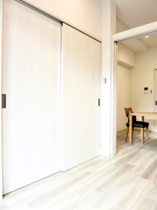 AZUR YABACHO 3C号室。上品なホワイトの中で。33
