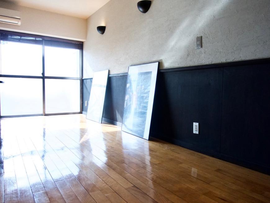洋室8帖 モノトーンが美しい70年代ノスタルジックなお部屋。Ma Chambre Fuji 406号室11