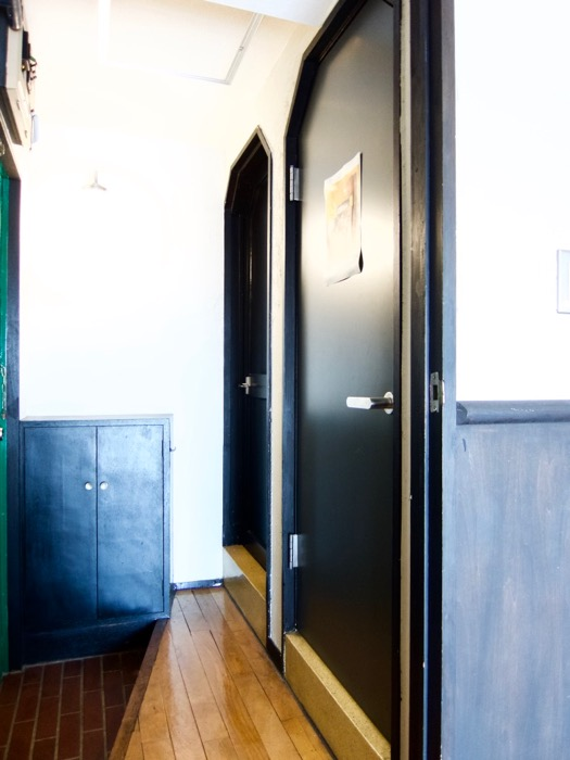 玄関。70年代ノスタルジック Ma Chambre Fuji 406号室4
