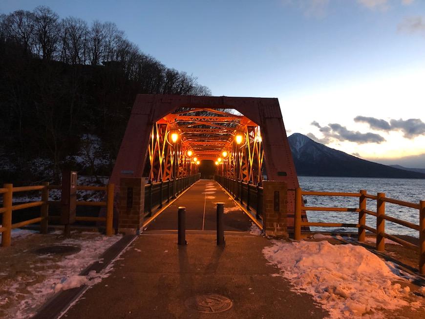 「山線」という名は、苫小牧から日高方面海沿いに走っていた鉄道を「海線」と呼び、  支笏湖方面に走っていた鉄道を「山線」と呼んでいたことに由来するそうです。_IMG_7423