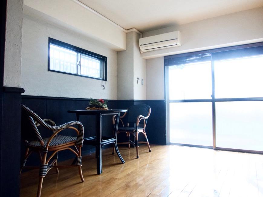 洋室8帖 モノトーンが美しい70年代ノスタルジックなお部屋。Ma Chambre Fuji 406号室12