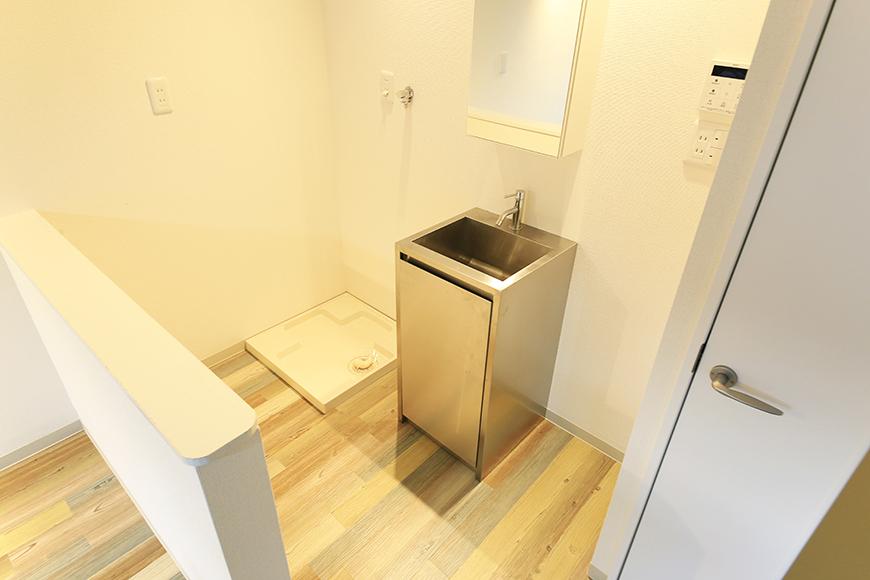 本山【平和第2マンション】2E号室_LDK_水周り_独立洗面台・室内洗濯機置き場_MG_4813