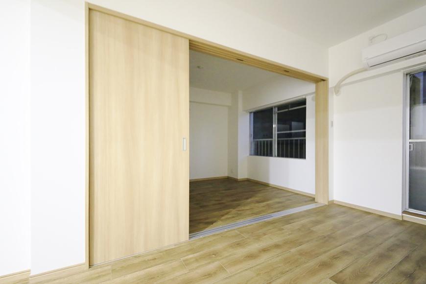 本山【平和第2マンション】1A号室_LDKと洋室の仕切りドア_MG_5178