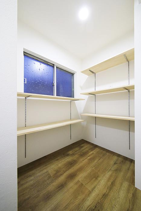 本山【平和第2マンション】1A号室_納戸スペース_MG_5028