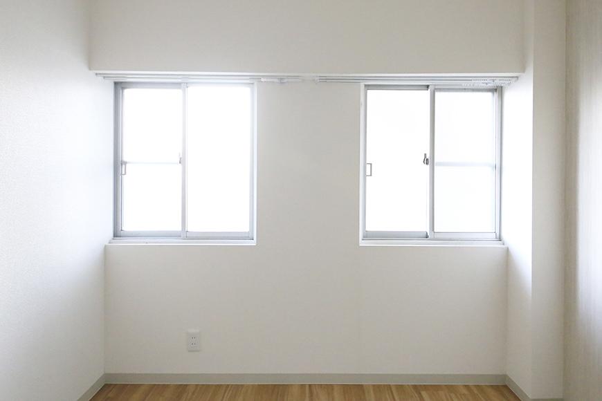 本山【平和第2マンション】2E号室_洋室(6帖)_二枚の窓_MG_4799
