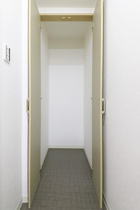 本山【平和第2マンション】1A号室_水周り_収納スペース_MG_5145