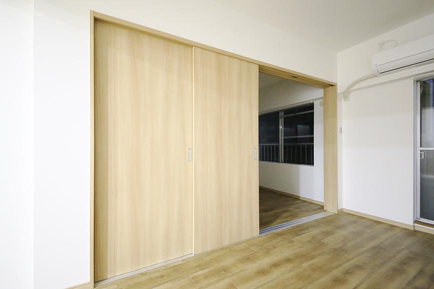 本山【平和第2マンション】1A号室_LDKと洋室の仕切りドア_MG_5180