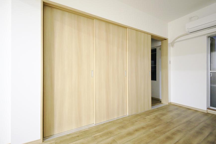 本山【平和第2マンション】1A号室_LDKと洋室の仕切りドア_MG_5182