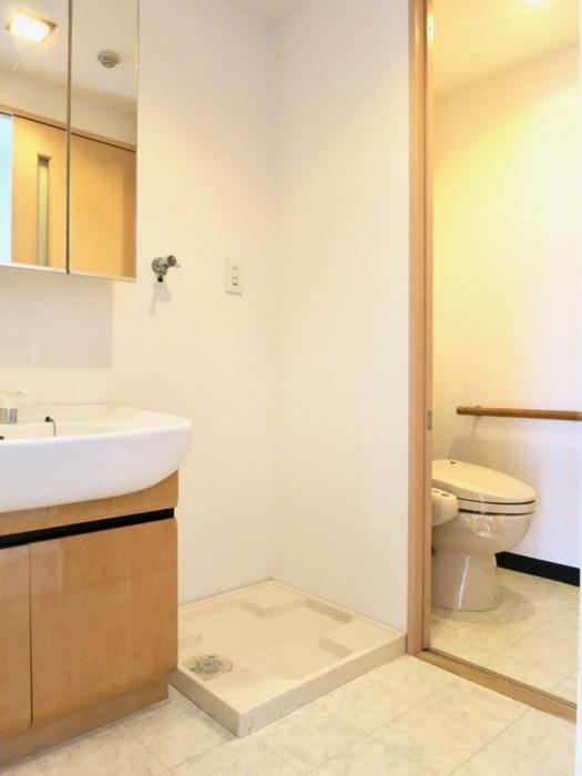 バスルーム&サニタリー R-COURT 泉 1102号室R-COURT 泉 1102号室0