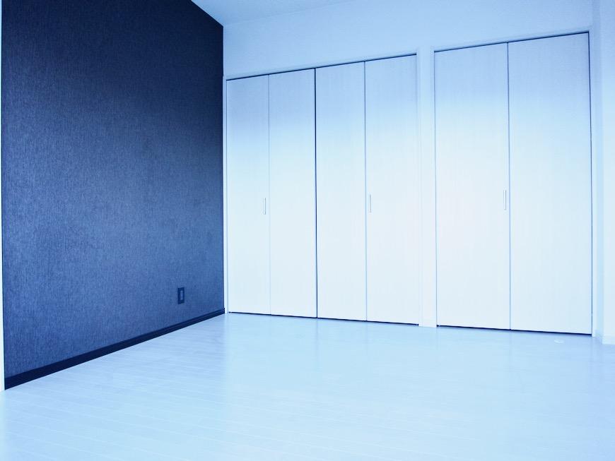 6帖 洋室 スタイリッシュ&クールな空間。 FIRST RESIDENCE SAKAE3