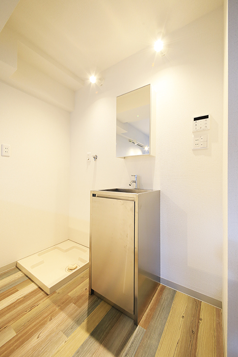 本山【平和第2マンション】2E号室_LDK_水周り_独立洗面台_MG_4819