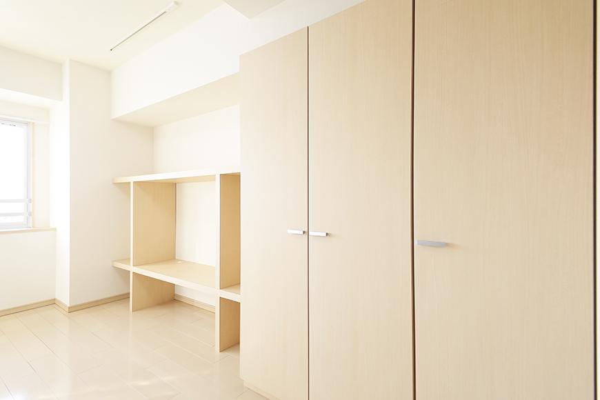 【ドゥーエ大須】1004号室_洋室_クローゼット収納・壁面収納棚_MG_6827