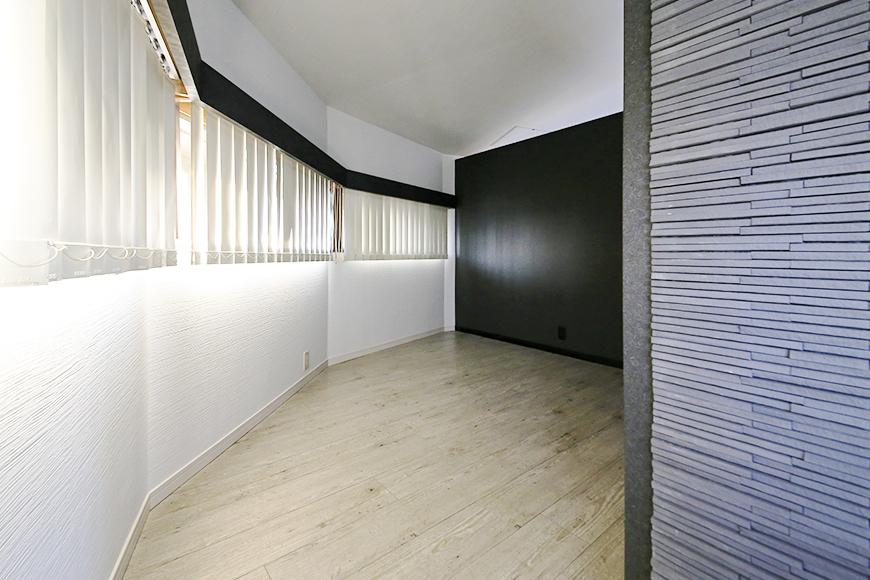 【ビアンカーサ】701号室_LDK_奥の仕切られたスペース_MG_8661