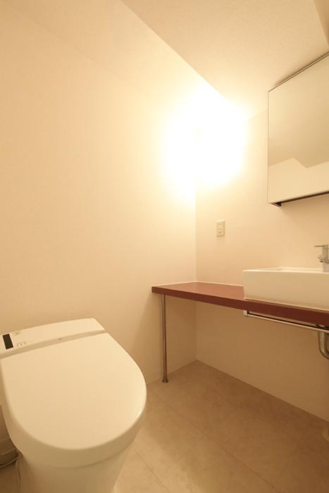 【ビアンカーサ】605号室_水回り_トイレ・独立洗面台_MG_8174