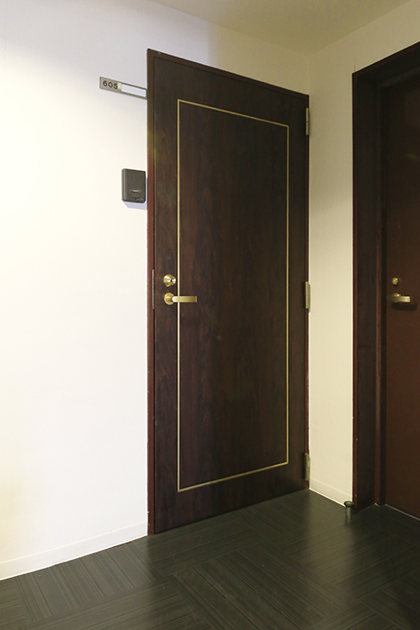 【ビアンカーサ】605号室_玄関ドア_MG_8002