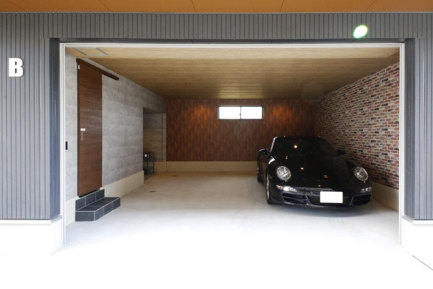 車2台格納タイプ【面積37.01㎡(シャッター間口4.00m、幅5.42m、奥行き6.37m)】