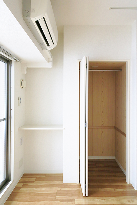 【丸の内セントラルハイツ】805号室_洋室_棚・クローゼット収納_MG_5822
