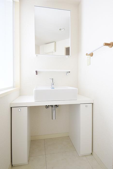 【丸の内セントラルハイツ】503号室_水周り_独立洗面台_とってもシンプル◎_MG_6136