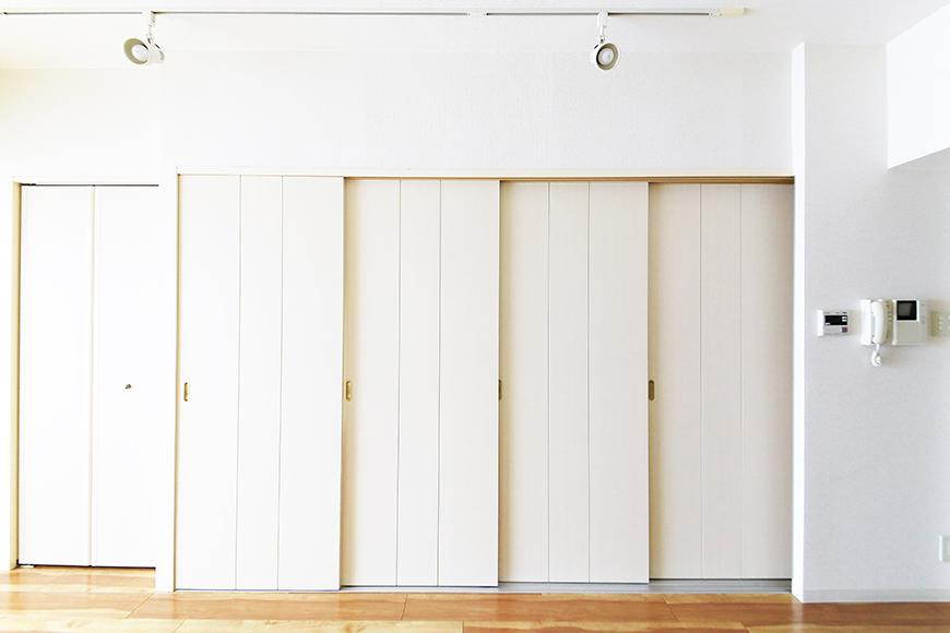 【丸の内セントラルハイツ】805号室_洋室_キッチン_仕切りドアがあります_MG_5792