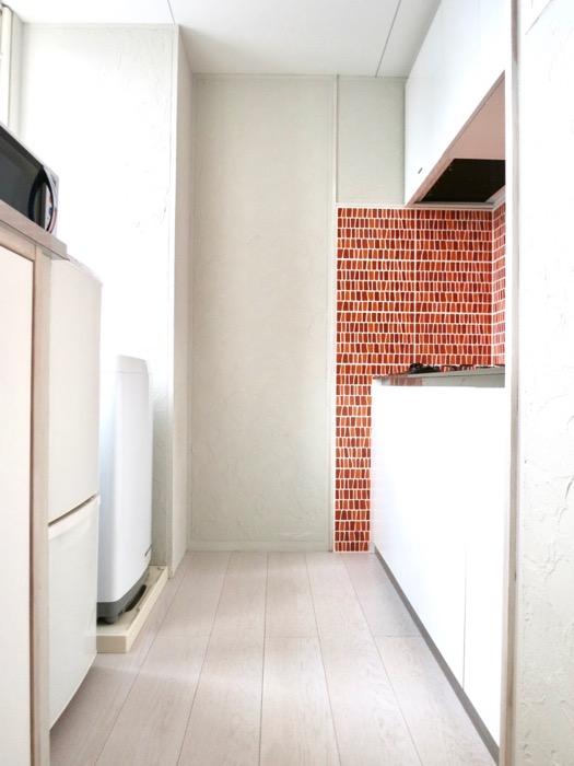 1F モザイクタイルのキッチン。BOX HOUSE 5B号室0