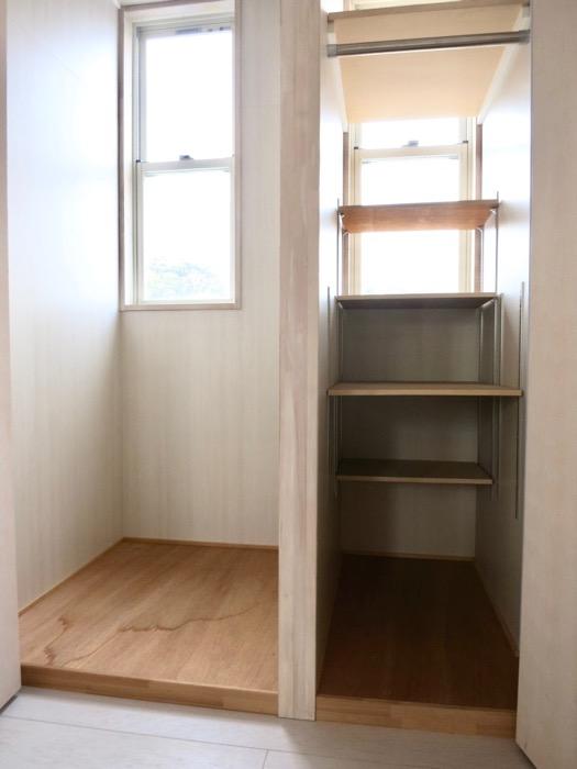 2F 階段収納 BOX HOUSE 5B号室1