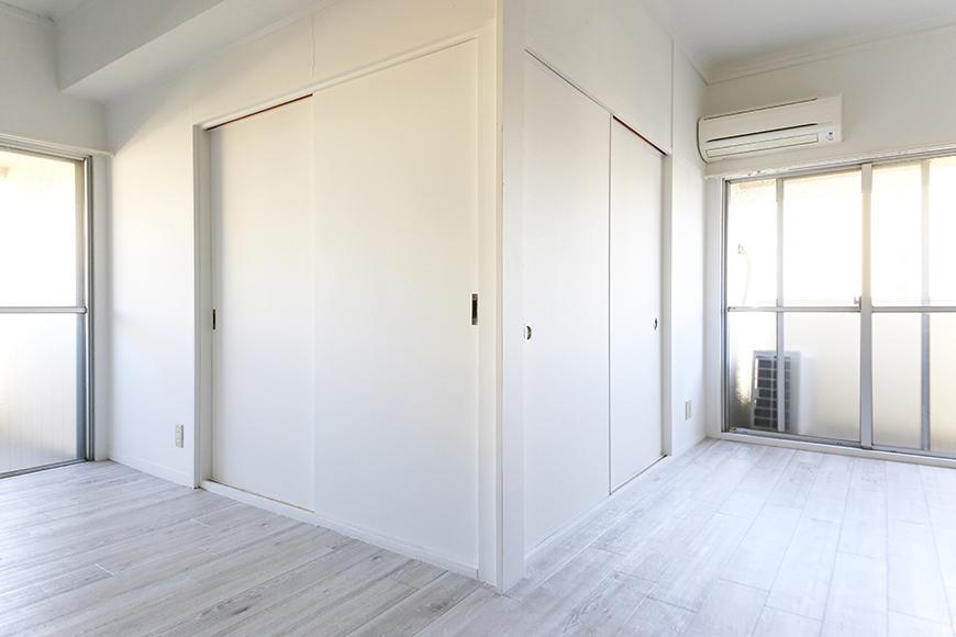 【主税ビル】701号室_洋室_仕切り扉をクローズ_MG_5531