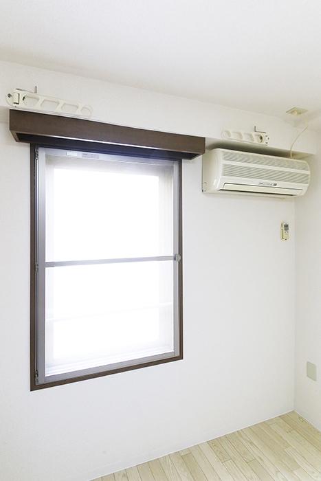 【ビアンカーサ】605号室_洋室_窓際にエアコン一基完備_MG_8287