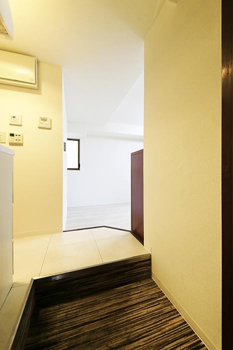 【ビアンカーサ】605号室_玄関_MG_8026