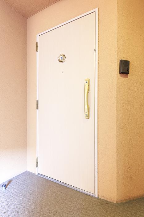 【丸の内セントラルハイツ】503号室_玄関周り_玄関ドア_MG_6115