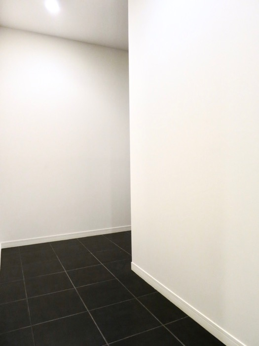 玄関・廊下 ミッドセンチュリーなお部屋。VIVACE 5