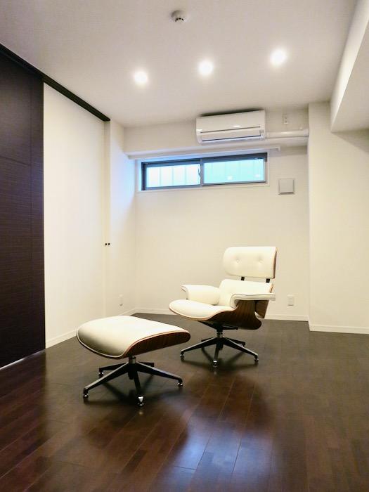 8,5帖の洋室 ミッドセンチュリーなお部屋。VIVACE 1