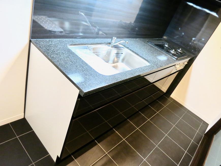 キッチン&収納 ミッドセンチュリーなお部屋。VIVACE 2