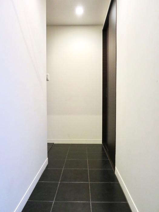 玄関・廊下 ミッドセンチュリーなお部屋。VIVACE 4