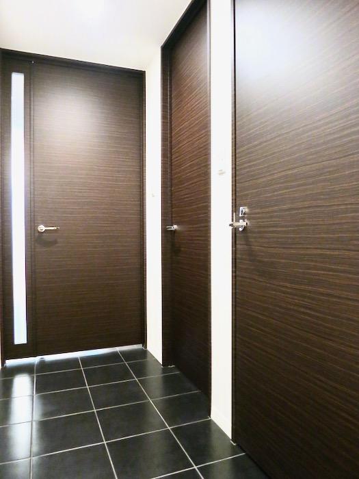 玄関・廊下 ミッドセンチュリーなお部屋。VIVACE 3