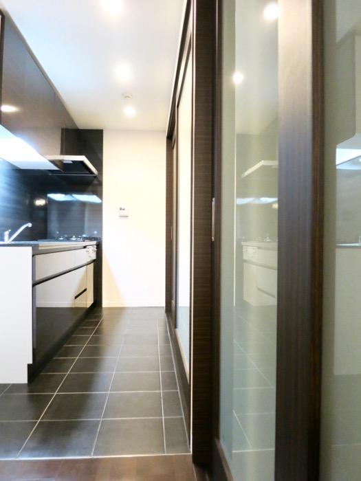 キッチン&収納 ミッドセンチュリーなお部屋。VIVACE 0