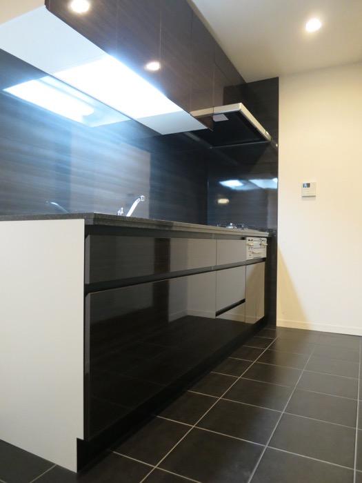 キッチン&収納 ミッドセンチュリーなお部屋。VIVACE 1