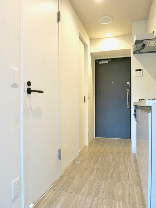 スマートな玄関。外観・共有 unroom404号室5