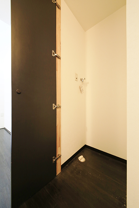 上小田井【SK BUILDING 7】406号室_玄関周り_室内洗濯機置き場_MG_3707