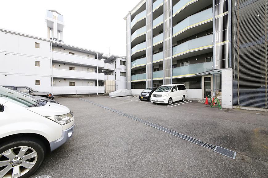上小田井【SK BUILDING 7】共有部_駐車場MG_4120